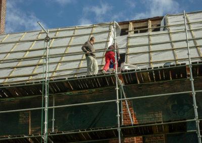 remont dachu nad nawą główną 4