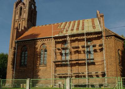 remont dachu nad nawą główną 6