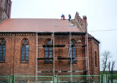 remont dachu nad nawą główną 7