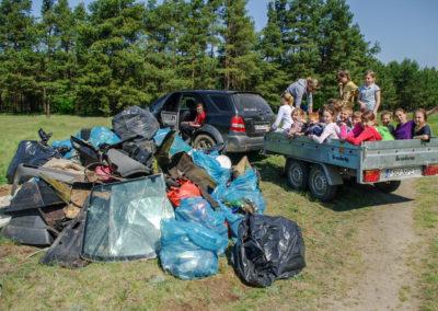 sprzątanie lasu koło Ownic 5